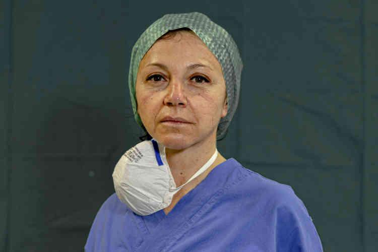Michela Pagati, 48 ans, infirmière de l'unité de soins intensifs de l'hôpital Brescia Spedali Civili, à Brescia, en Italie.