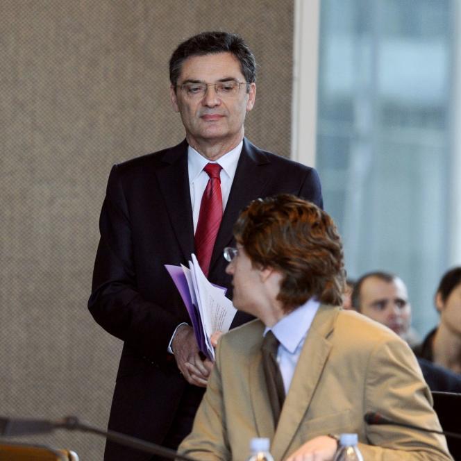 Au conseil général des Hauts-de-Seine, en mars 2011.