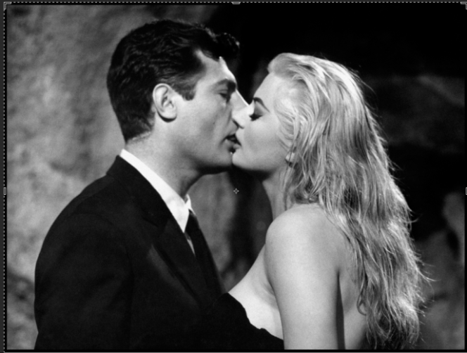 « La Dolce Vita » (1960), de Federico Fellini, avec Marcello Mastroianni et Anita Ekberg.
