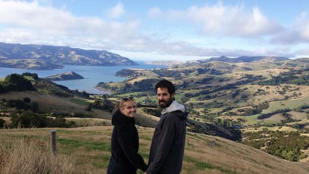 Cécile và Quentin Ménelot ở Akaroa, New Zealand.