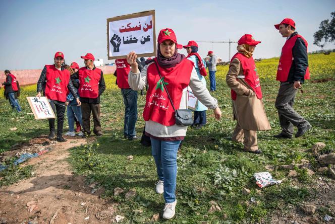 Manifestation de victimes du promoteur immobilier Bab Darna, le 15 février 2020 à la sortie de Casablanca, où de magnifiques villas étaient censées être construites.