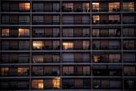 Des appartements à Paris, pendant le confinement, le 17 mars.