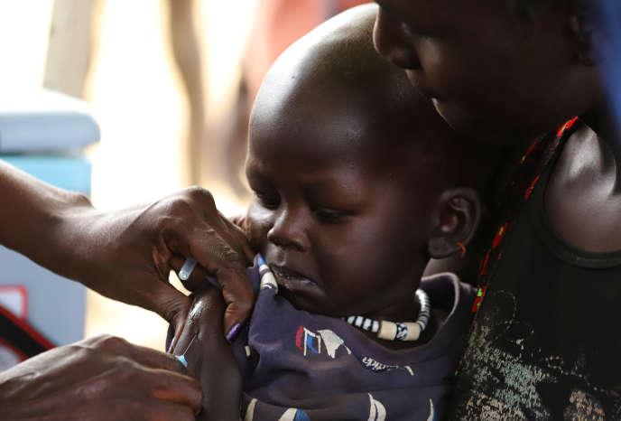 Vaccination contre la rougeole lors d'une campagne à Juba, au Soudan du Sud, le 4 février 2020.