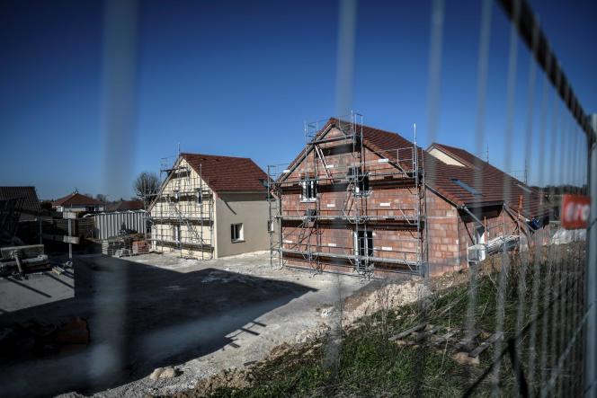 Un chantier à l'arrêt à cause du confinement, le 24 mars, àBréviandes (Aube).