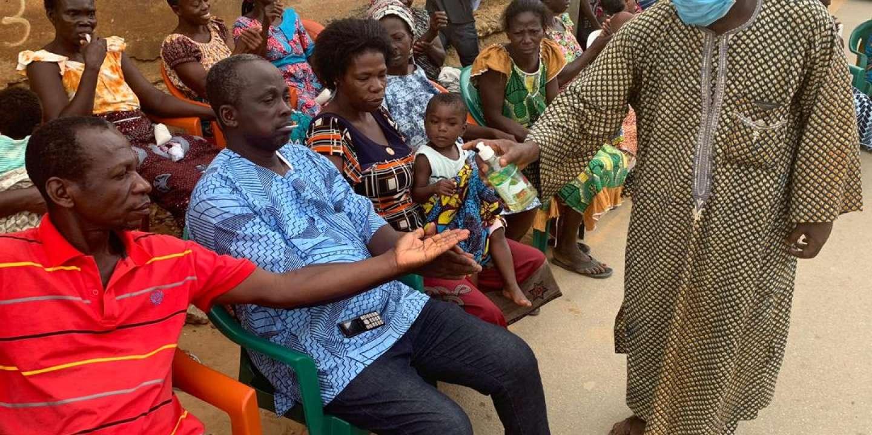 En Côte d'Ivoire, les chefs traditionnels s'adressent à la population pour la sensibiliser au coronavirus