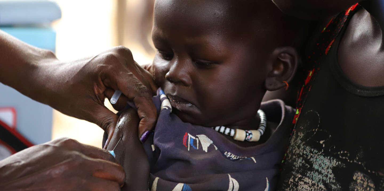 Face au coronavirus, la menace de la rougeole se fait plus pressante en Afrique