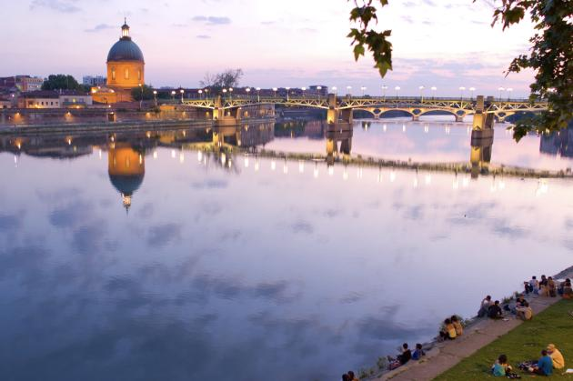Les bords de la Garonne, à Toulouse.