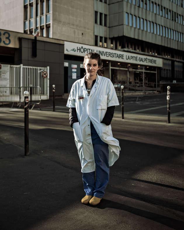 Juliette Chommeloux travaille au service de réanimation de l'Institut de cardiologie à la Pitié-Salpêtrière. A Paris, le 30 mars.