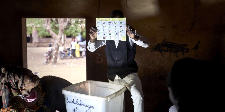 Au Mali, faible participation aux législatives, marquées par des violences djihadistes et le coronavirus