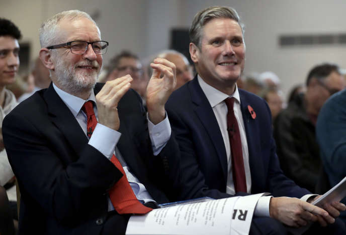 Jeremy Corbyn etKeir Starmer en campagne à Harlow (Royaume-Uni), en novembre 2019.