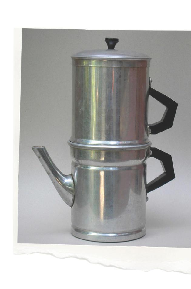 Cafetiere napolitaine en aluminium.