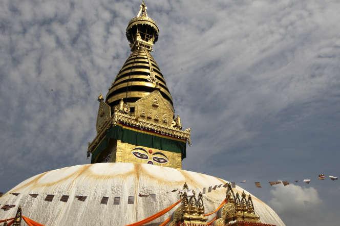 Le temple Swayambunath, pendant la célébration de l'anniversaire de Bouddha, en mai 2010.