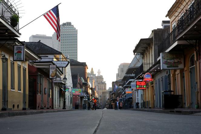 Deux jours après la décision du confinement prise par le gouverneur de la Louisiane, sur Bourbon Street, à La Nouvelle-Orléans, le 25 mars.