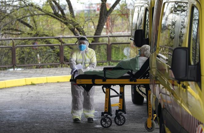 Au service d'urgence de l'hôpital Severo Ochoa de Leganes, près de Madrid, le 7 avril.
