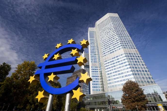 «Il est temps d'écarter les dogmes qui en temps normal ont leur raison d'être, mais qui deviennent sources de destruction en temps de crise.» (Photo : le siège de la Banque centrale européenne (BCE) à Francfort, en Allemagne.)