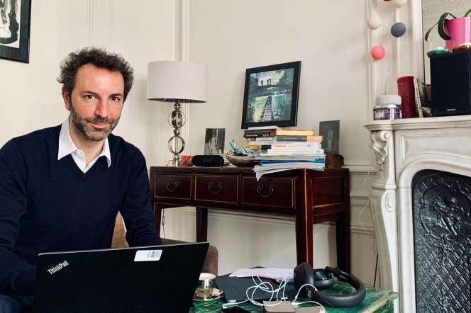 Renaud Villard, le directeur général de l'Assurance-retraite, le 7 avril en télétravail.