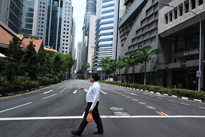 Dans le quartier des affaires à Singapour, le 7 avril.