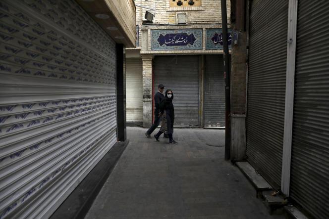 Les boutiques fermées du bazar de Tajrish, dans le nord de Téhéran, le 4 avril.