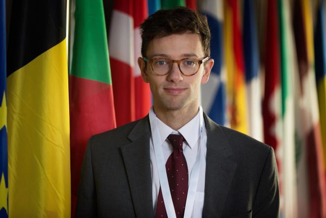 Xavier Lacaille (Samy) dans la série«Parlement».