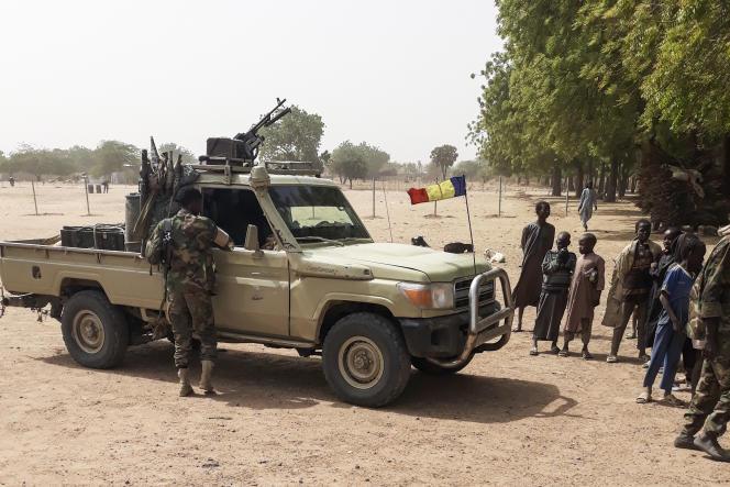 Des soldats de l'armée tchadienne à 25 kilomètres de N'Djamena, le 3 janvier 2020, à leur retour après une mission d'un mois contre Boko Haram au Nigeria voisin.