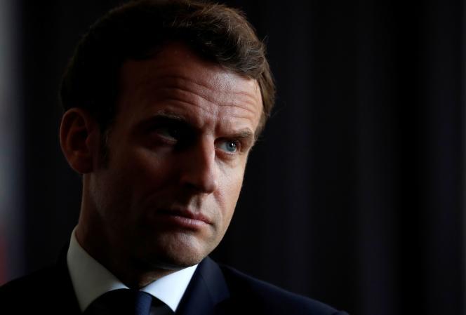Emmanuel Macron, le 7 avril à La Courneuve (Seine-Saint-Denis).