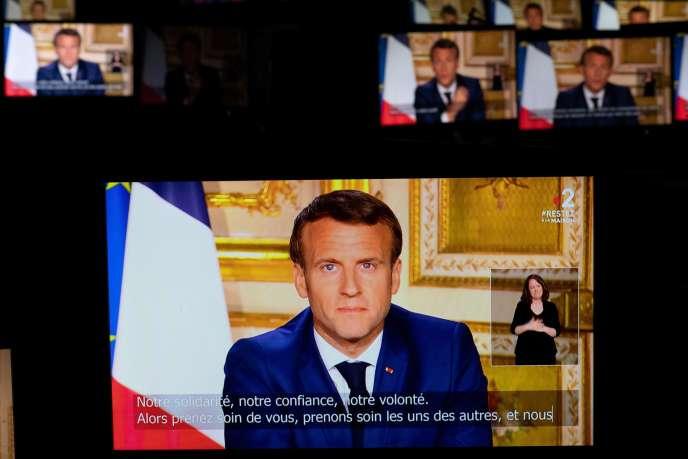 Emmanuel Macron lors de son allocution télévisée lundi 13 avril.