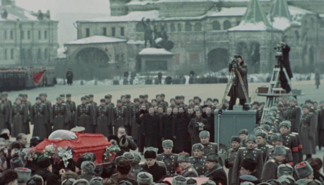 Défilé à l'enterrement de Staline à Moscou, le 9 mars 1953.