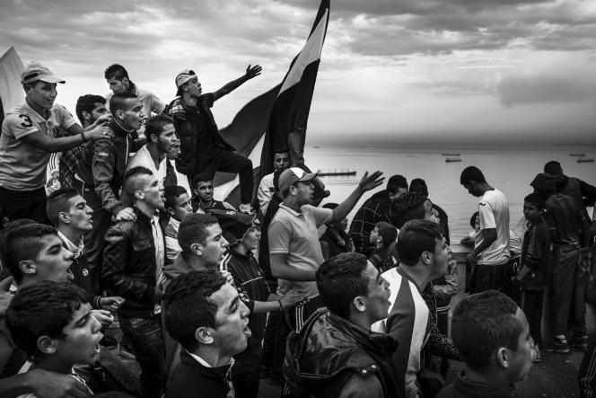 Cliché de Romain Laurendeau issu de son travail sur la jeunesse algérienne, en Novembre 2014.