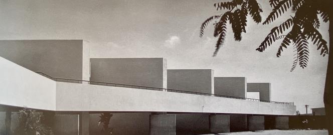 Le groupe scolaire Georges-Bizet de l'architecte Jean-François Zevaco (1916-2003), à Casablanca (Maroc). Photo extraite du livre«Zevaco», de Michel Ragon et Henri Tastemain (éd. Cercle d'art, 1999).