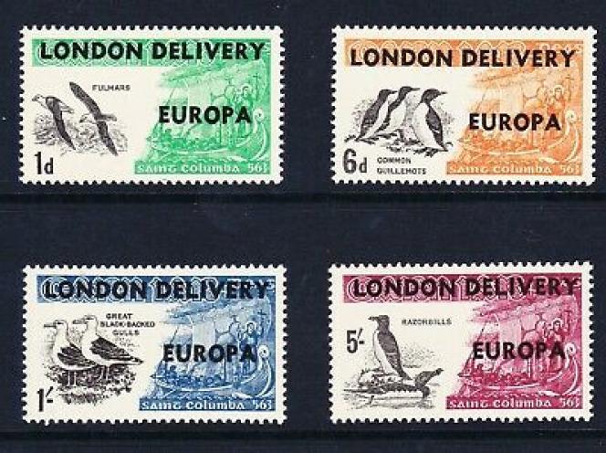 Timbres de Carn Iar (Hébrides) surchargés lors de la grève postale anglaise de 1971.
