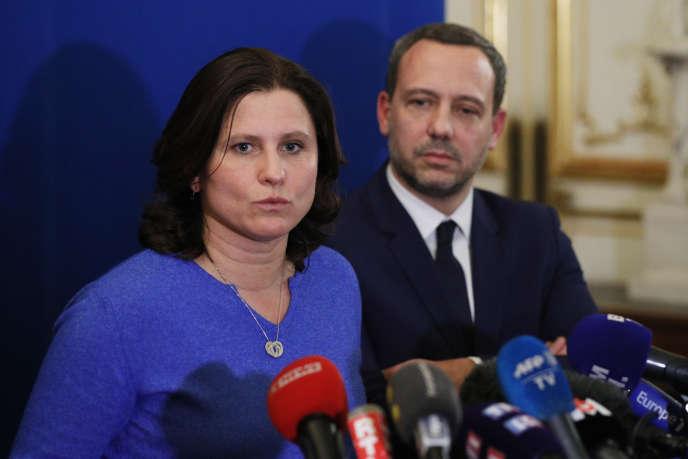 Roxana Maracineanu et Adrien Taquet lors de la conférence de presse suite à la convention sur les violences sexuelles, le 5 février, à Paris.