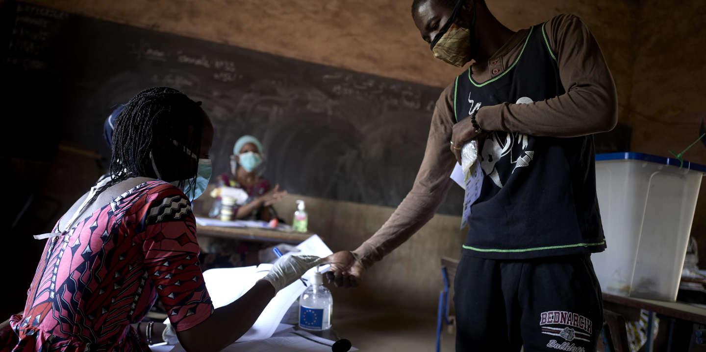 Le Mali élit ses députés malgré les violences et le Covid-19