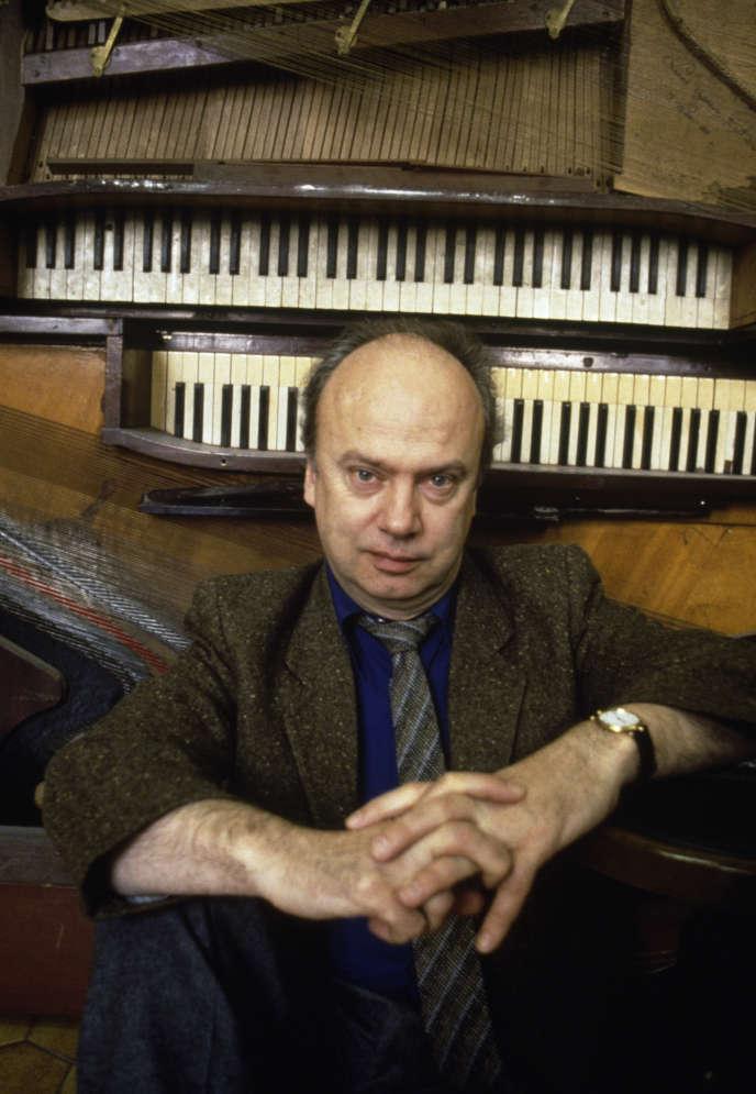 Le claveciniste Kenneth Gilbert (1931-2020) a fait partie des pionniers de la musique baroque. Ici, en 1985.