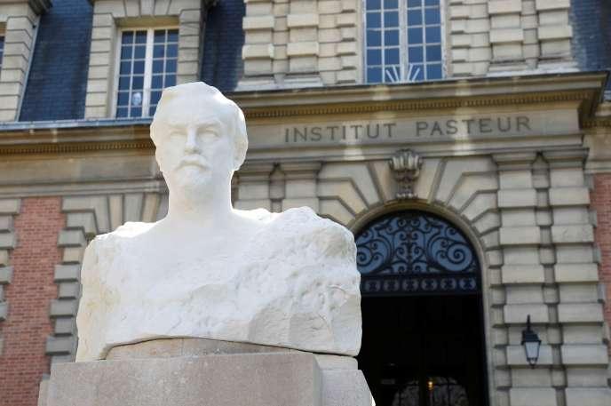 A l'Institut Pasteur, à Paris, le 20 avril 2020.