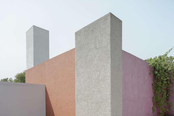 En 1948, l'architecte Luis Barragan (1902-1988) se fait construire une maison dans les faubourgs de Mexico.