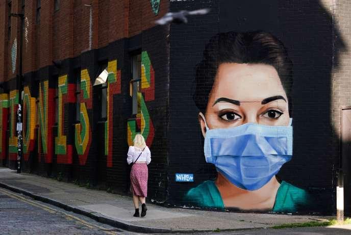 Fresque murale, à Londres, le 21 avril.
