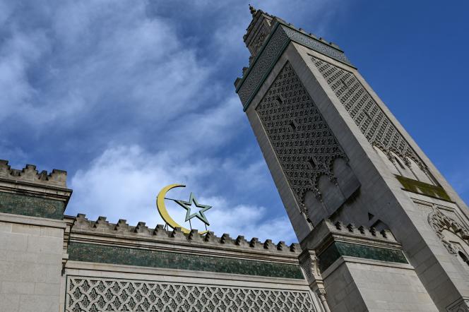 Le minaret de la Grande Mosquée de Paris.