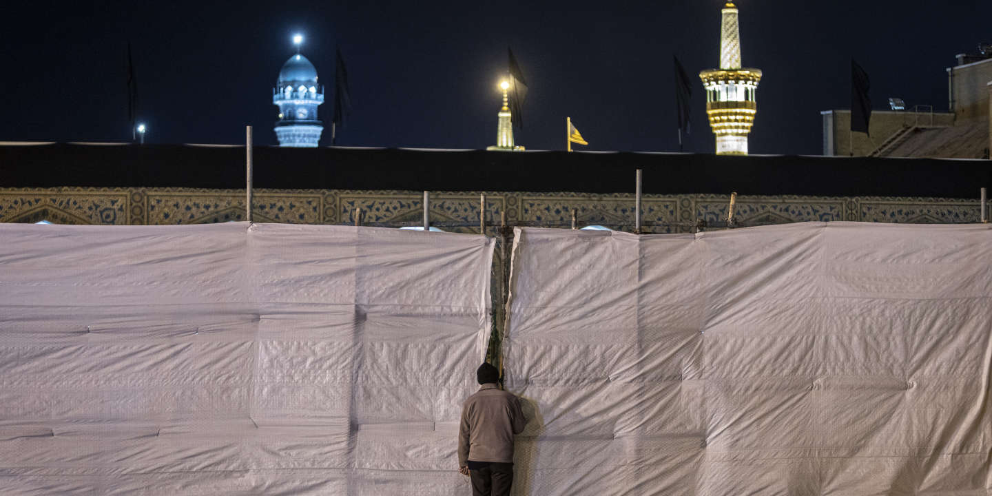 An Iranian man is pilgriming Imam Reza shrine Which is closed as a precautionary measure due to the outbreak of the Coronavirus since 19 March 2020. The shrine of Imam Reza (Haram Motahar-e Razavi) is located in the center of Mashhad; the city is the second largest city of Iran with more than 20 million Iranian and non-Iranian Shias visiting the shrine each year.