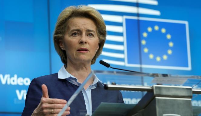 La présidente de la Commission européenne, Ursula von der Leyen, à Bruxelles, le 23 avril.