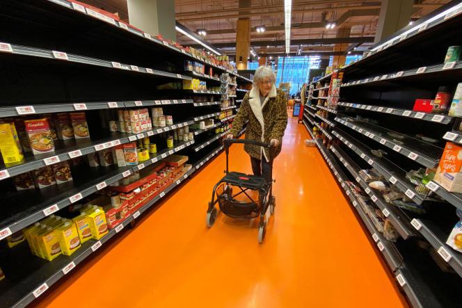 Dans un supermarché, à Toronto, au Canada, le 14 mars.