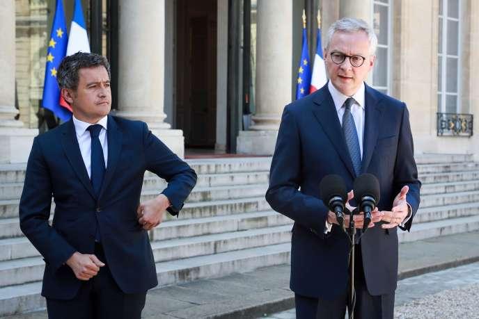 Le ministre de l'économie, Bruno Le Maire, et Gérald Darmanin, son homologue de l'action et des comptes publics (à gauche sur la photo), le 24 avril à l'Elysée.