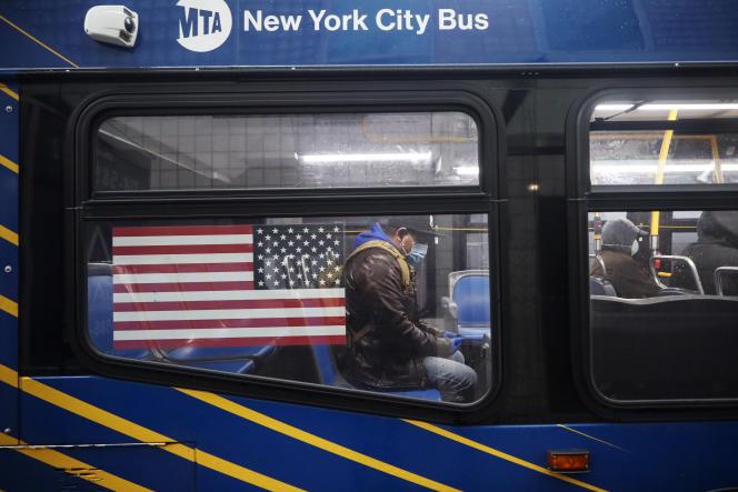 Dans le métro de New York, le 24 avril.