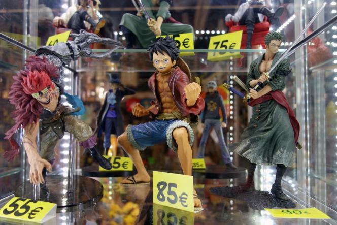 Des figurines de One Piece vendues dans une convention de fans de mangas.