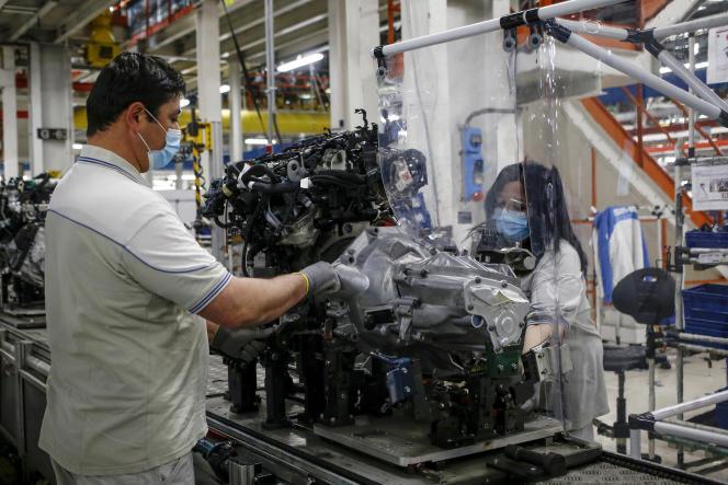 Dans une usine de Fiat Chrysler Automobiles à Atessa, en Italie, le 27 avril 2020.