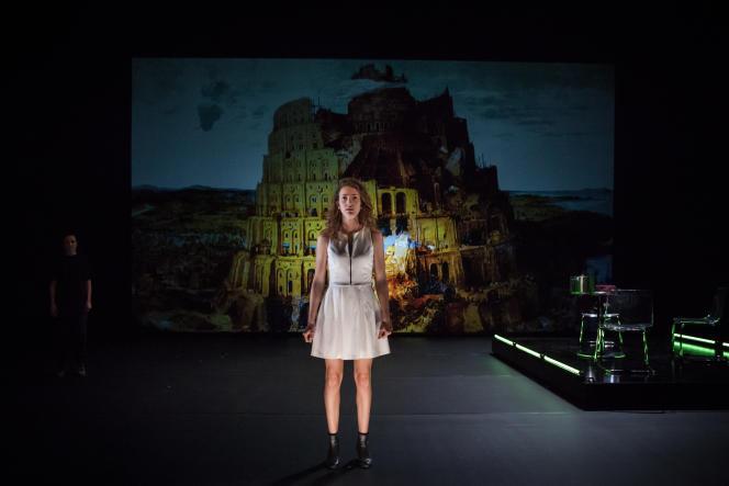 «Dans le nom» (2014), création de Tiphaine Raffier, avecLou Valentini.