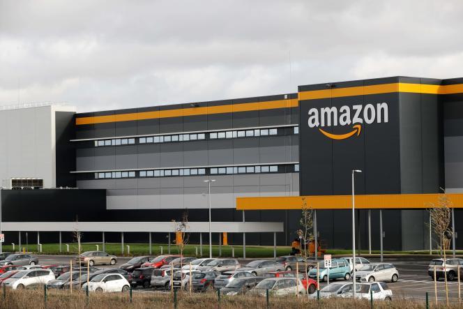 Un entrepôt de la société Amazon, à Brétigny-sur-Orge (Essonne), en novembre 2019.