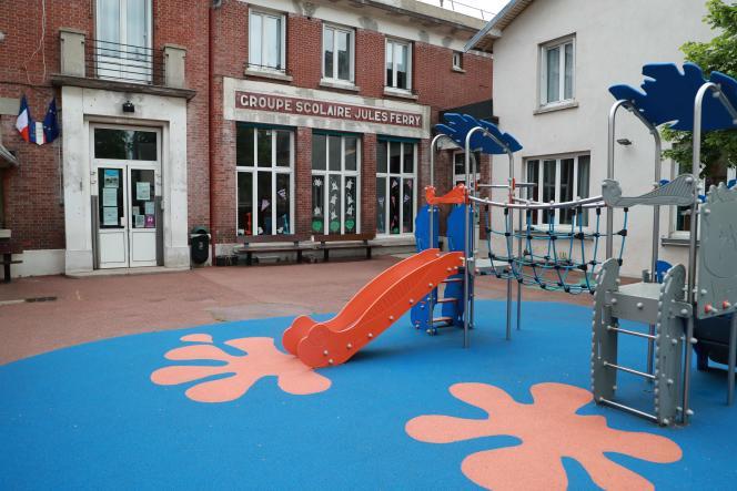 L'école élémentaire Jules Ferry, à Chatou, le 27 avril.