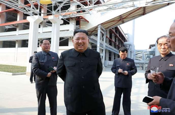 Les médias ont annoncé, samedi 2 mai, que le dirigeant nord-coréen avait participé à l'inauguration d'une usine d'engrais.