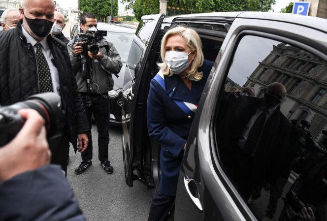 La présidente du RN, Marine Le Pen, le 1er mai à Paris.