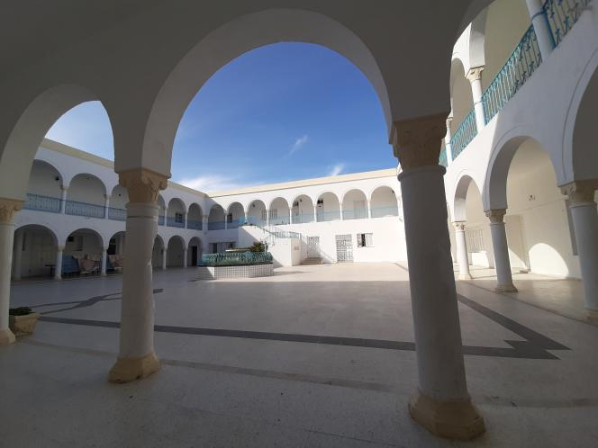 La cour intérieure du centre, en avril 2020.